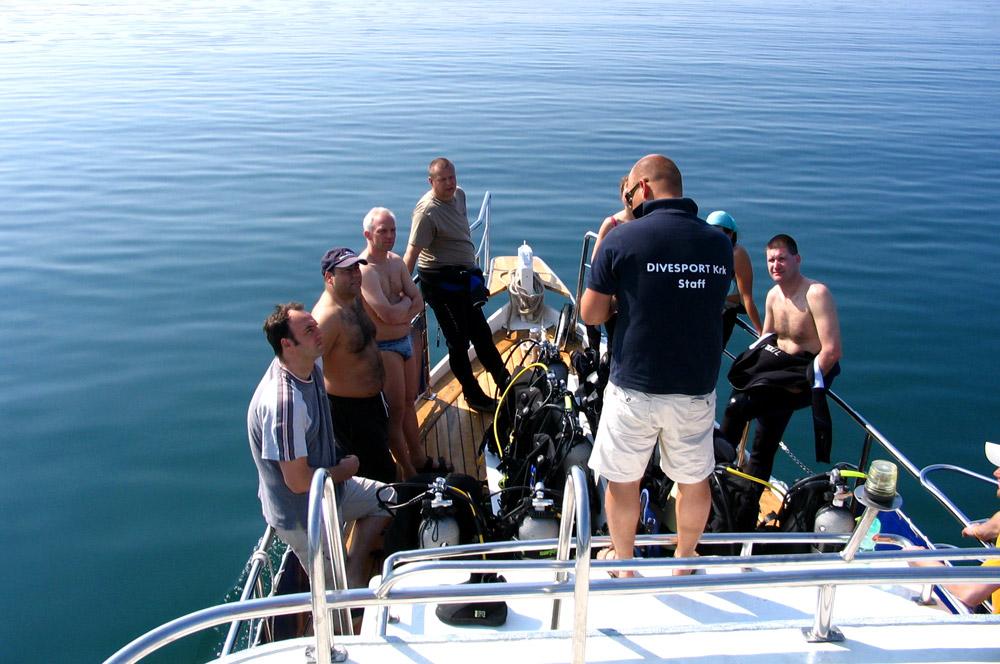 Immersione singola (1/2 day) con la barca | DIVE LOFT KRK